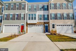 Just Listed: 4 Sickle Dr, Stafford