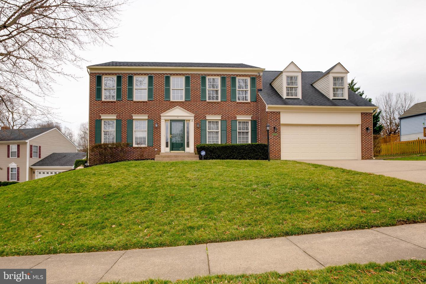 16 New Bedford Ct For Sale